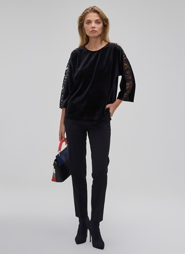 People By Fabrika Dantel Detaylı Kadife Bluz Siyah